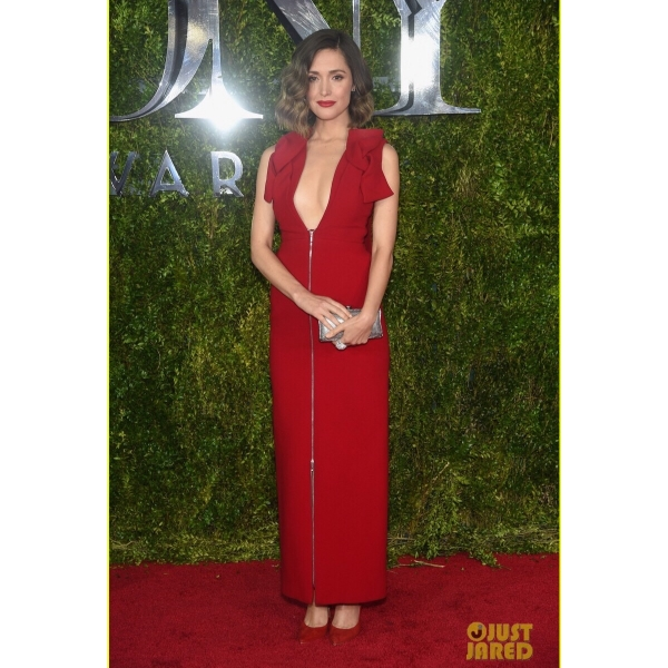On  Twitter , I was oohing and awing at Rose Bryne's bold red choice for the Tony's.