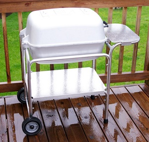 portable_kitchen_charcoal_grill_300pix.jpg