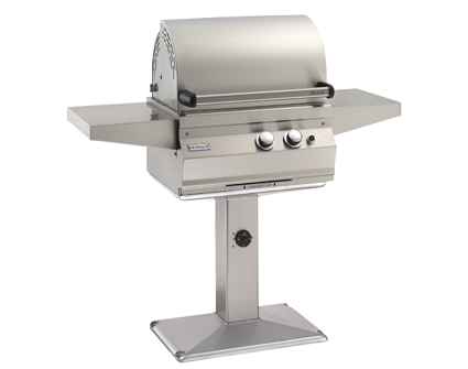 Legacy Deluxe Grill - Post