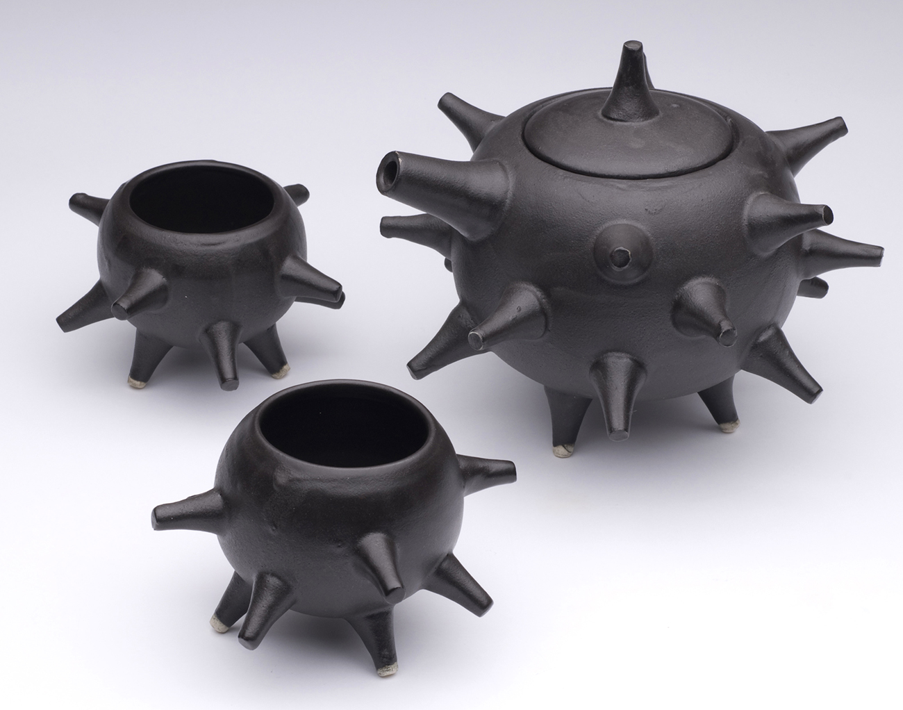 03 Spike Tea Set.jpg