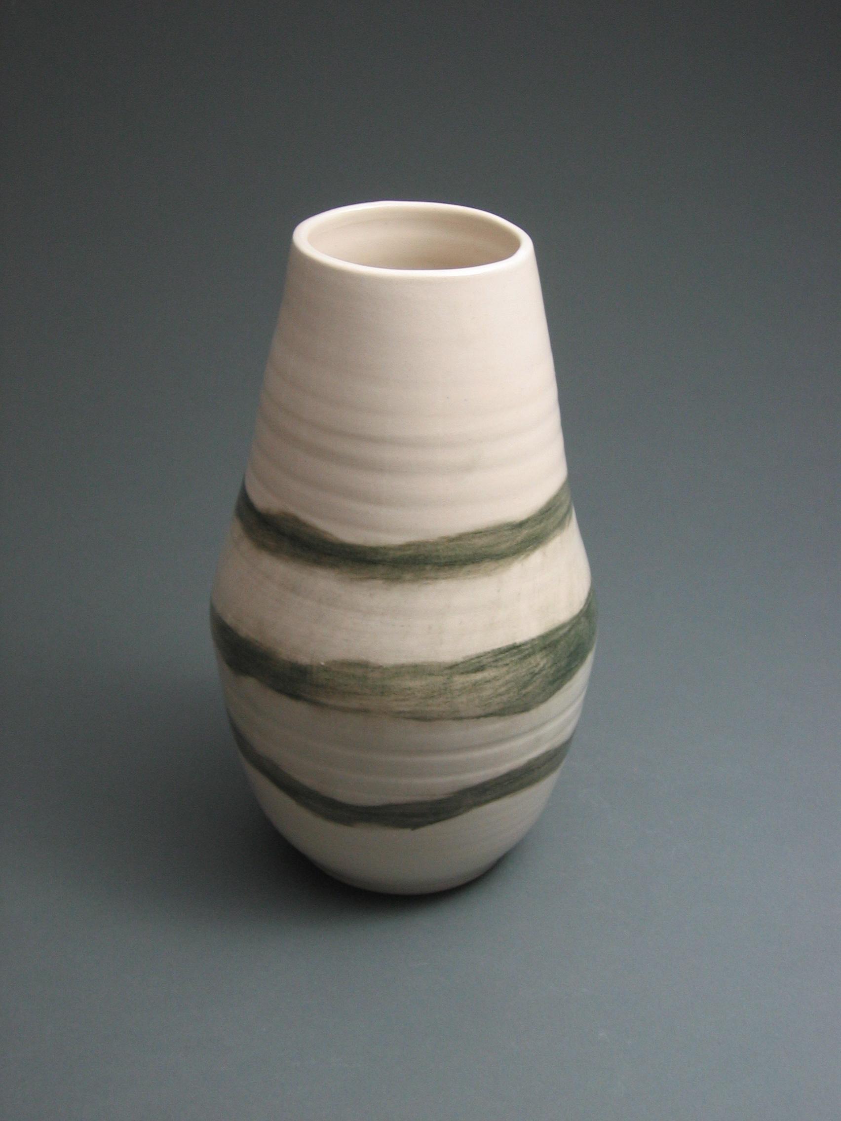 080 large landscape vase.JPG