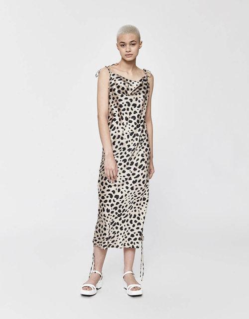10d06630449b 12 Slip Dresses That Are Elegant-Versatile Must Haves | I AM & CO®