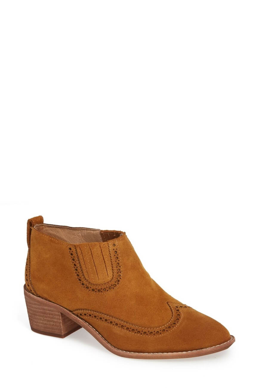 madewell-shoes-the-grayson-brogue-chelsea-boot.jpg