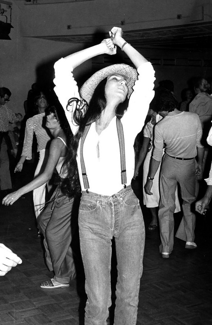 CHER, STUDIO 54 1977 - GETTY IMAGES