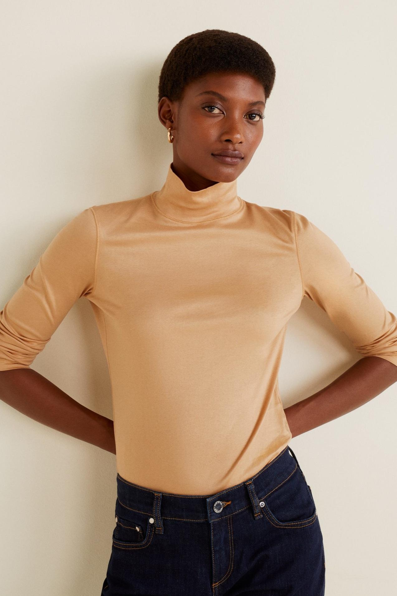 Standard Collar T-Shirt