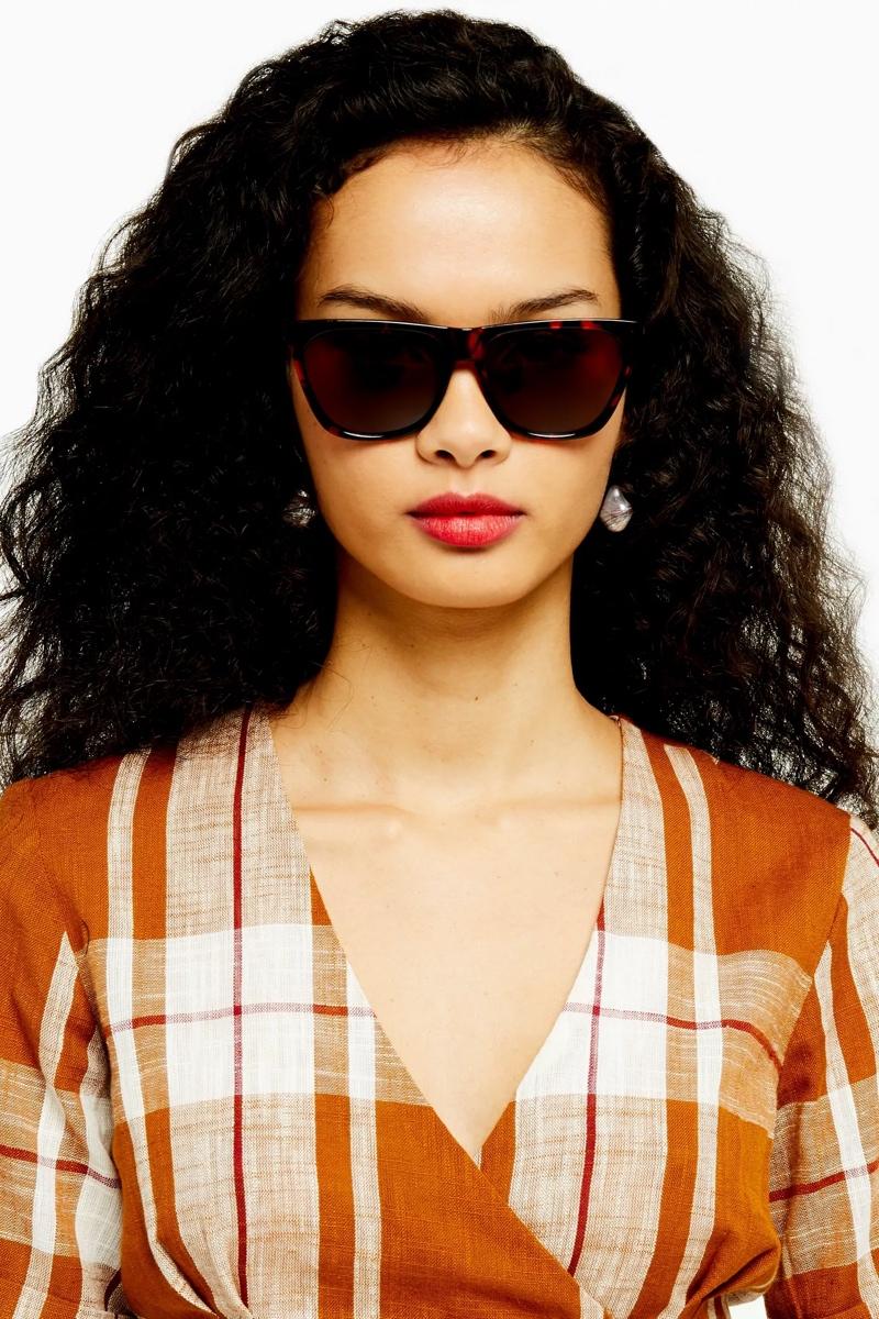 Wanda Large Sunglasses, $26, Topshop
