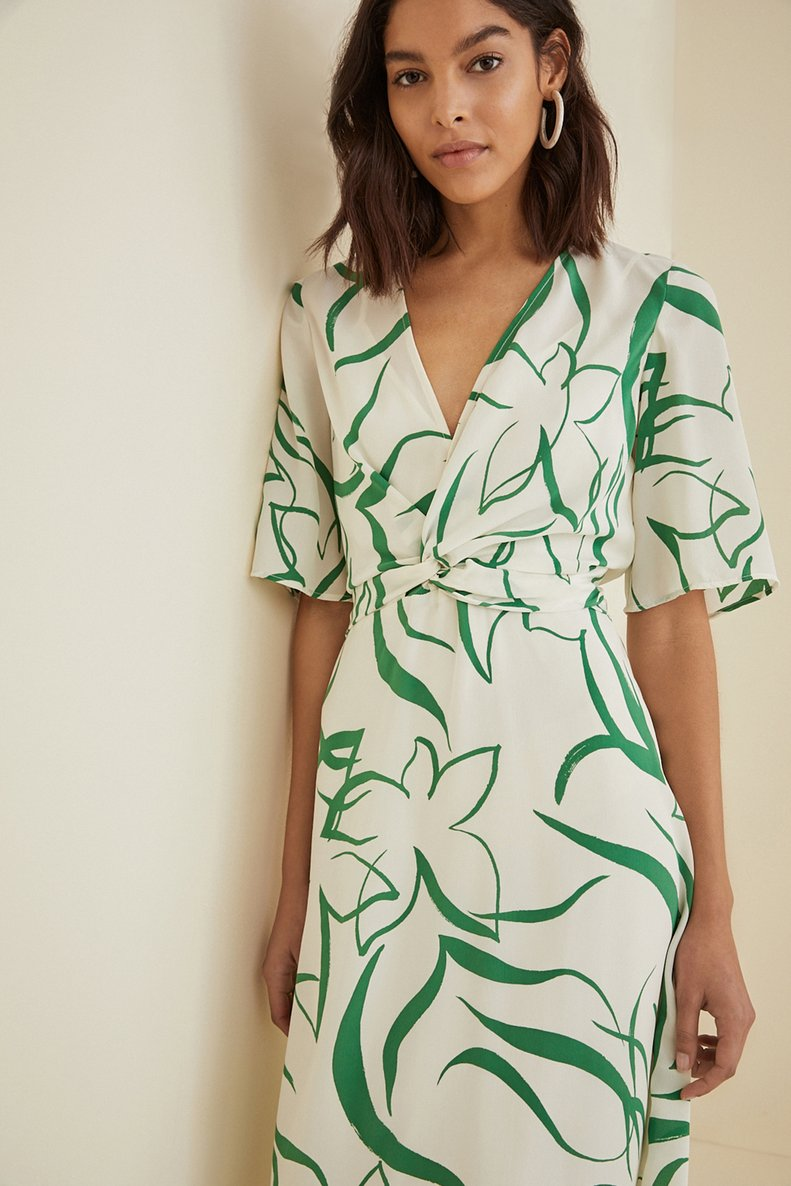 stores-like-mango-amour-vert-joselle-silk-dress.jpg