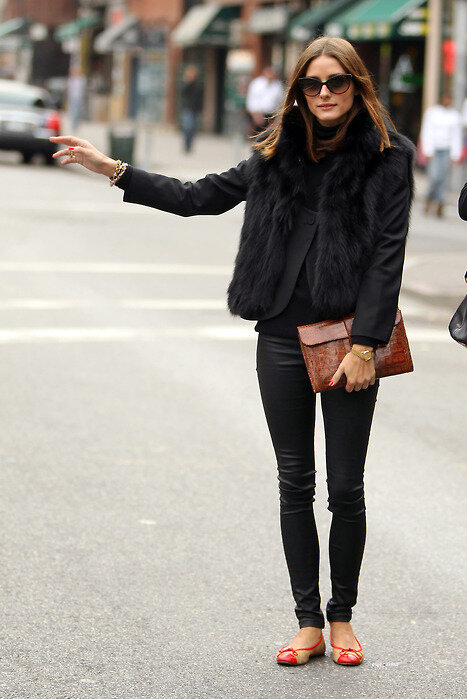 what-to-wear-with-black-jeans-olivia-palermo.jpg
