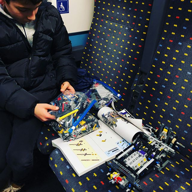 No time to waist. These boys build LEGO on the go! #train #lego #legotechnic #brothers