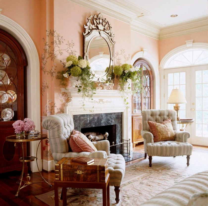 Traditional pink room