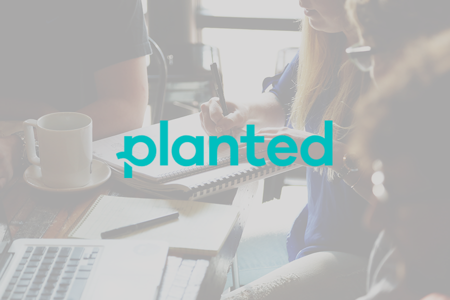 Planted<strong>A simple platform for hiring the best junior talent in marketing, sales, customer service and analytics</strong>