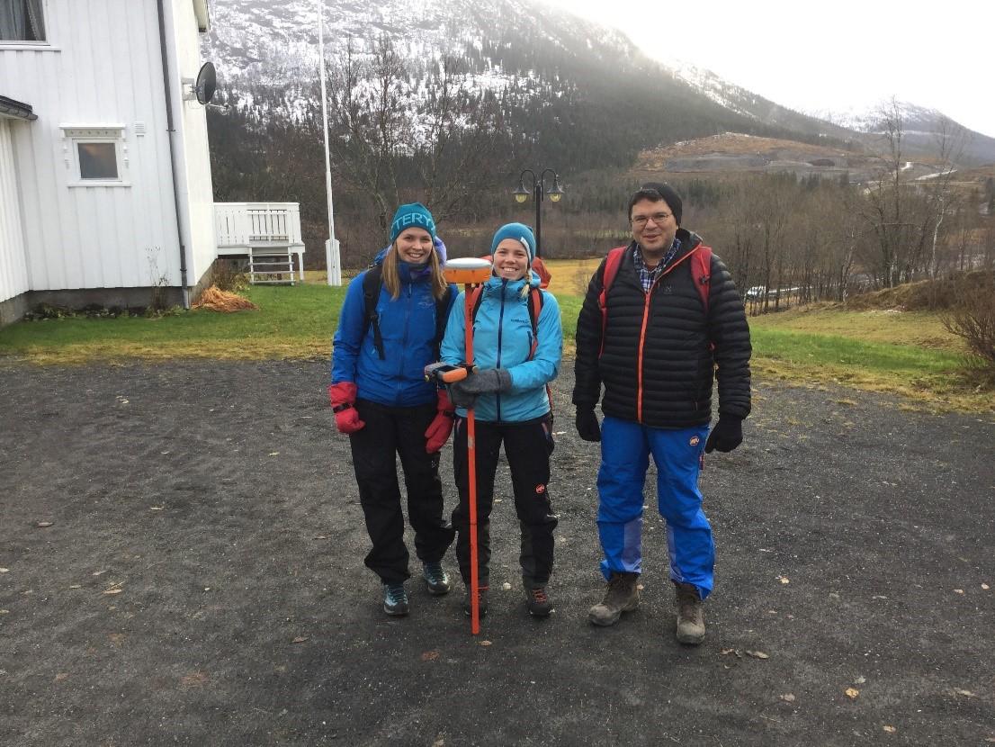 Feltteamet i Helgeland Sør, Fra venstre, Marte, Anne, Jose