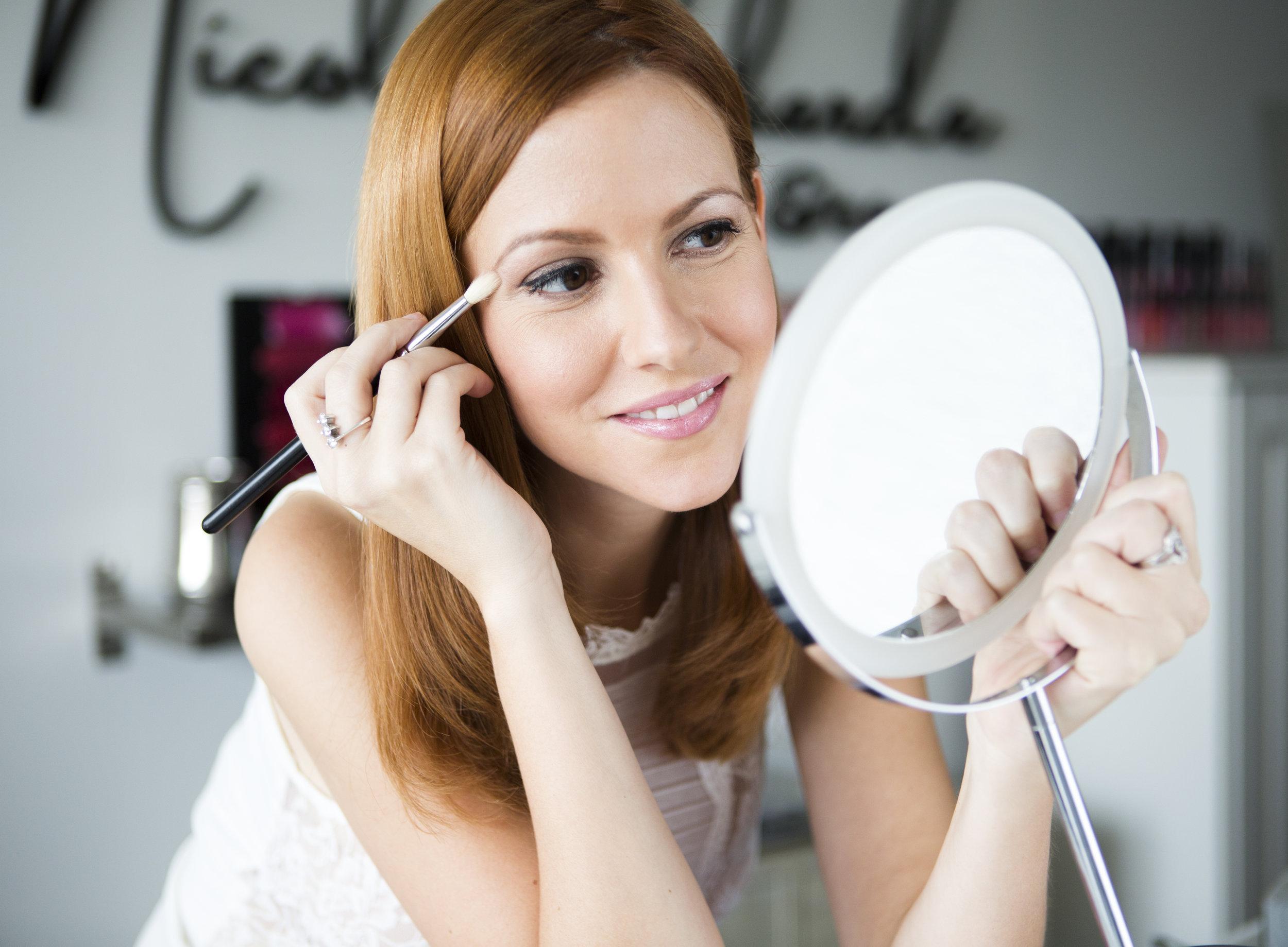 makeuplessonphoto.jpg