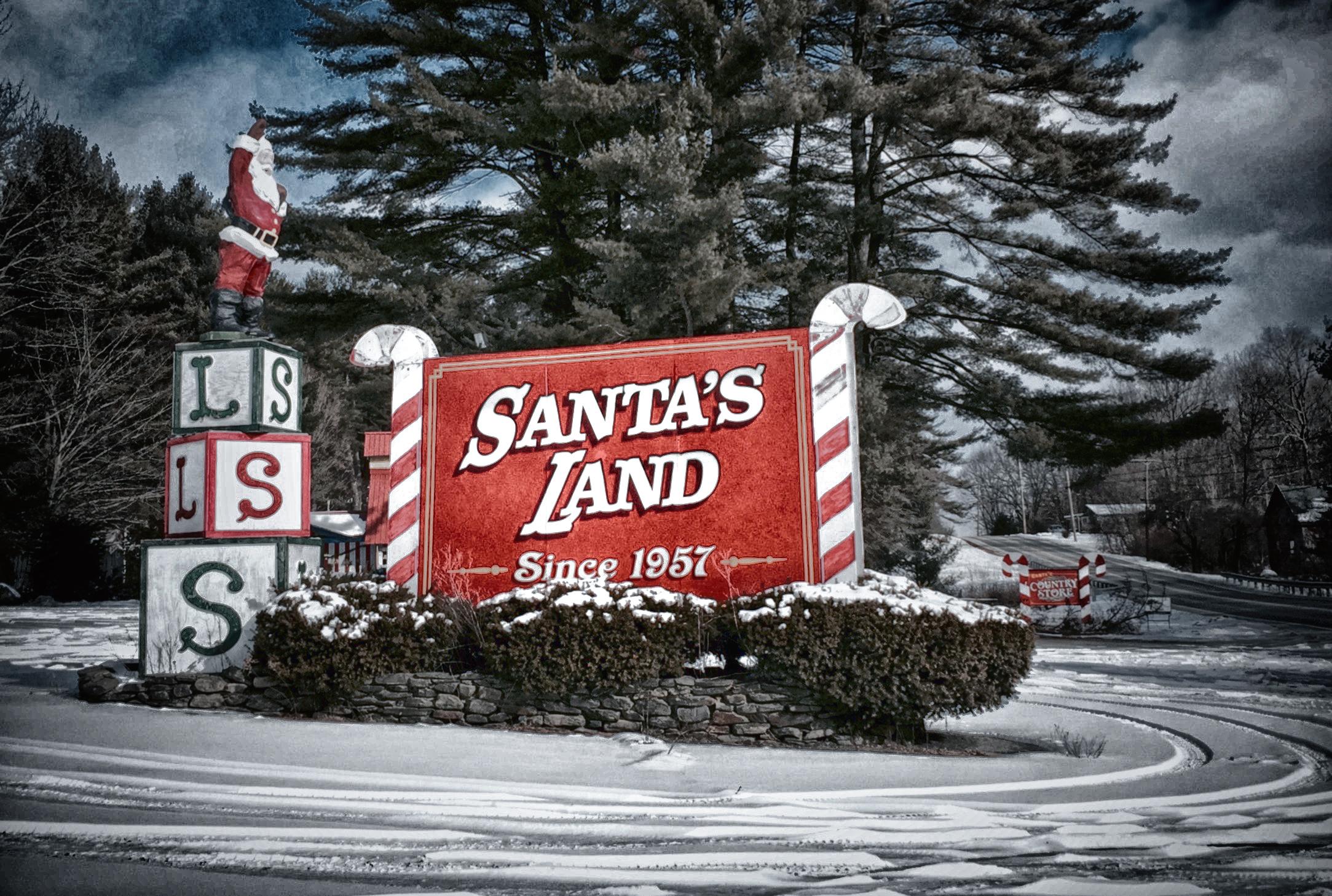Santa's LandIMG_1234_HDR.jpg