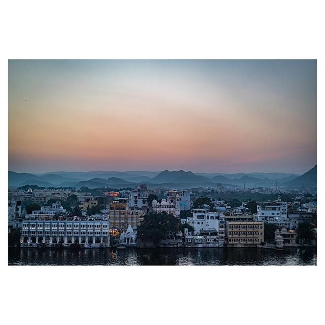 I just want to fall in love with all of her intricacies. The little things most people would overlook. #Udaipur #Love #Sunset #Beauty #Landscape #tpcnaturecalling #topphotographer @nigelbarker @adorama