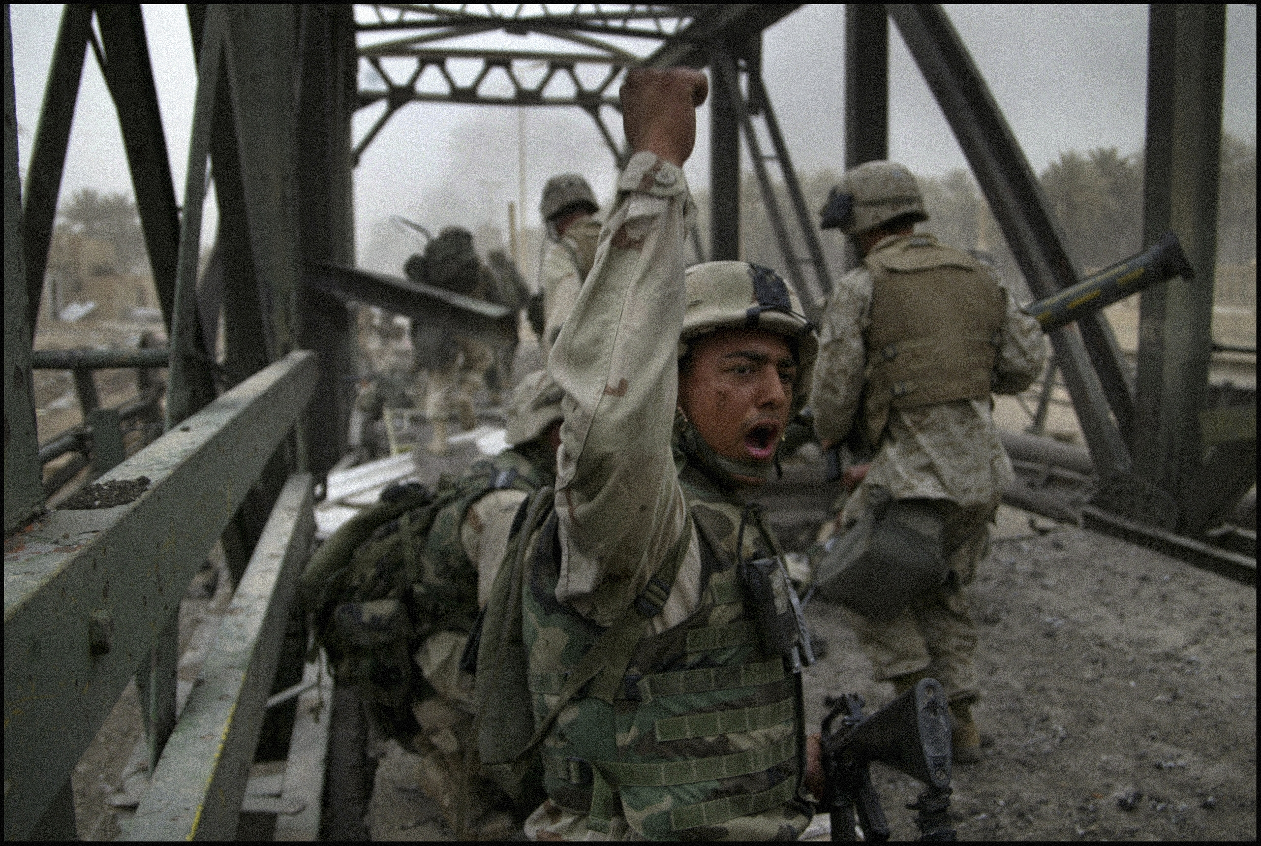 The 3rd Battalion, 4th Marines take Diyala Bridge during the battle for Baghdad. Photo: © Gary Knight