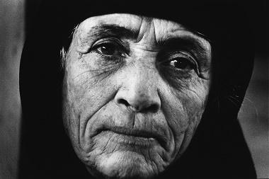 Portrait of a Greek refugee, Larnaca, Cyprus, 1976 ©Jean Mohr, Musée de l'Elysé
