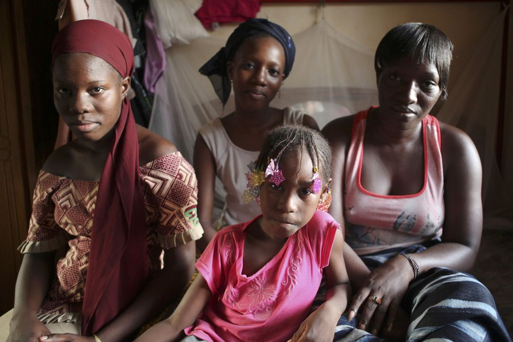 Intensifying our action in northern Mali - A displaced family in Bamako, Mali, September 8 - Photo courtesy of Reuters/Simon Akam
