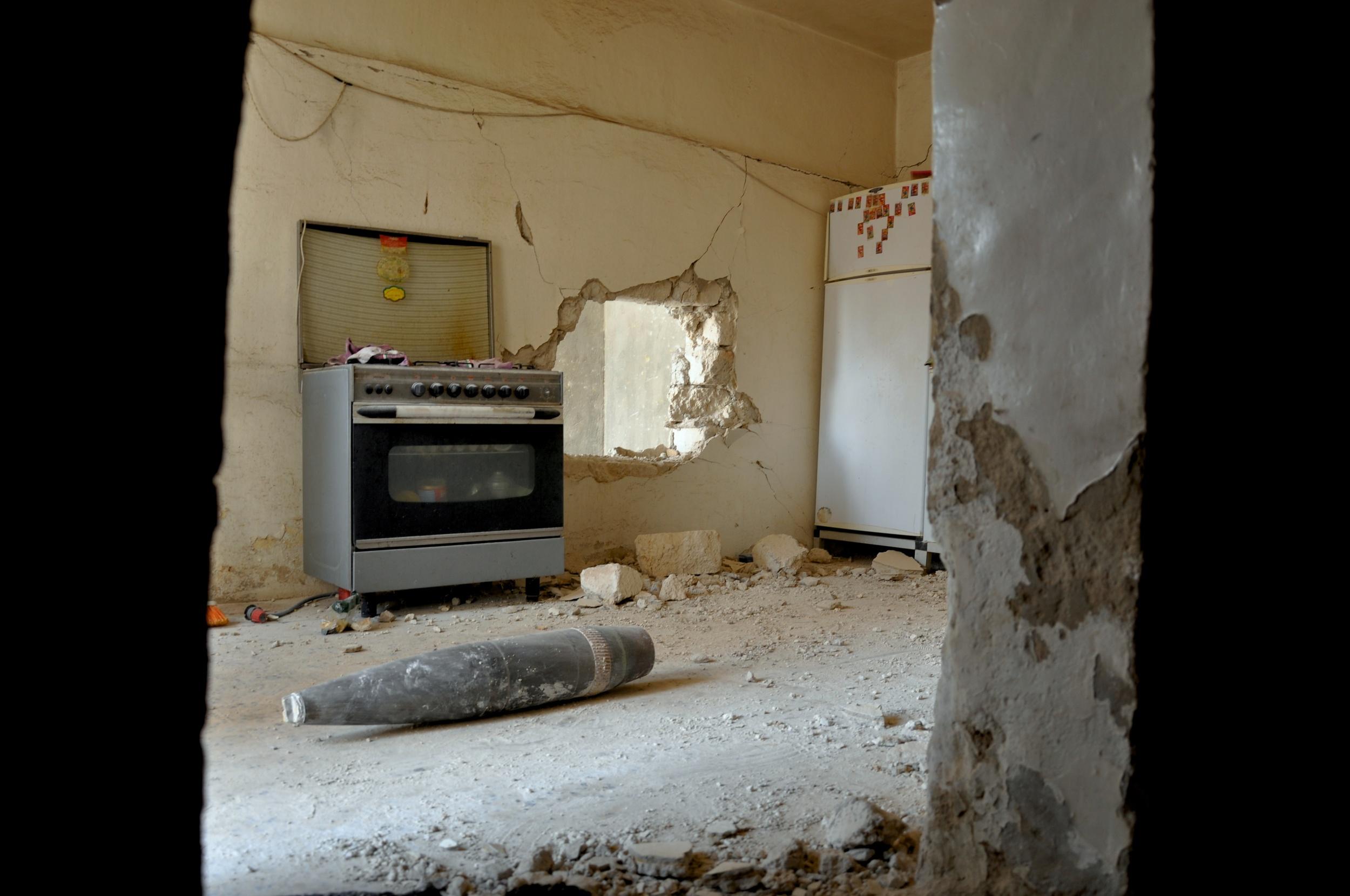 Weapon contamination in Libya - Sirte, April 2011 ©ICR