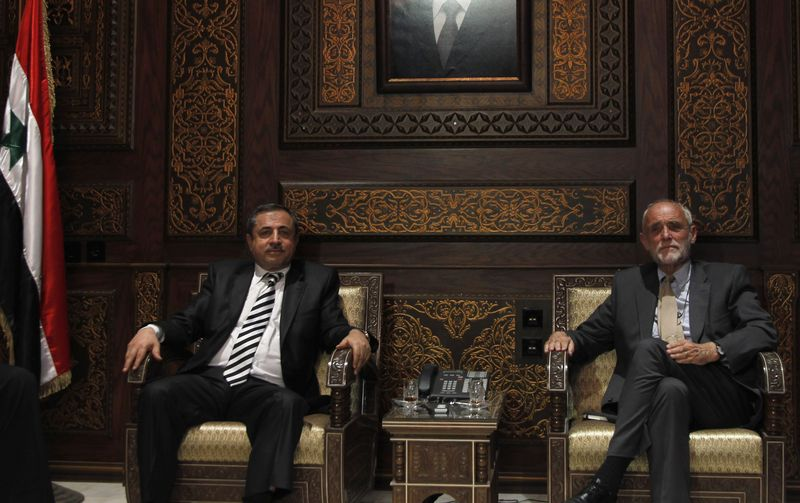 Syrian authorities agree on greater role for ICRC - Interior Minister al-Shaar with President Kellenberger - Photo courtesy of Reuters/Khaled al-Hariri