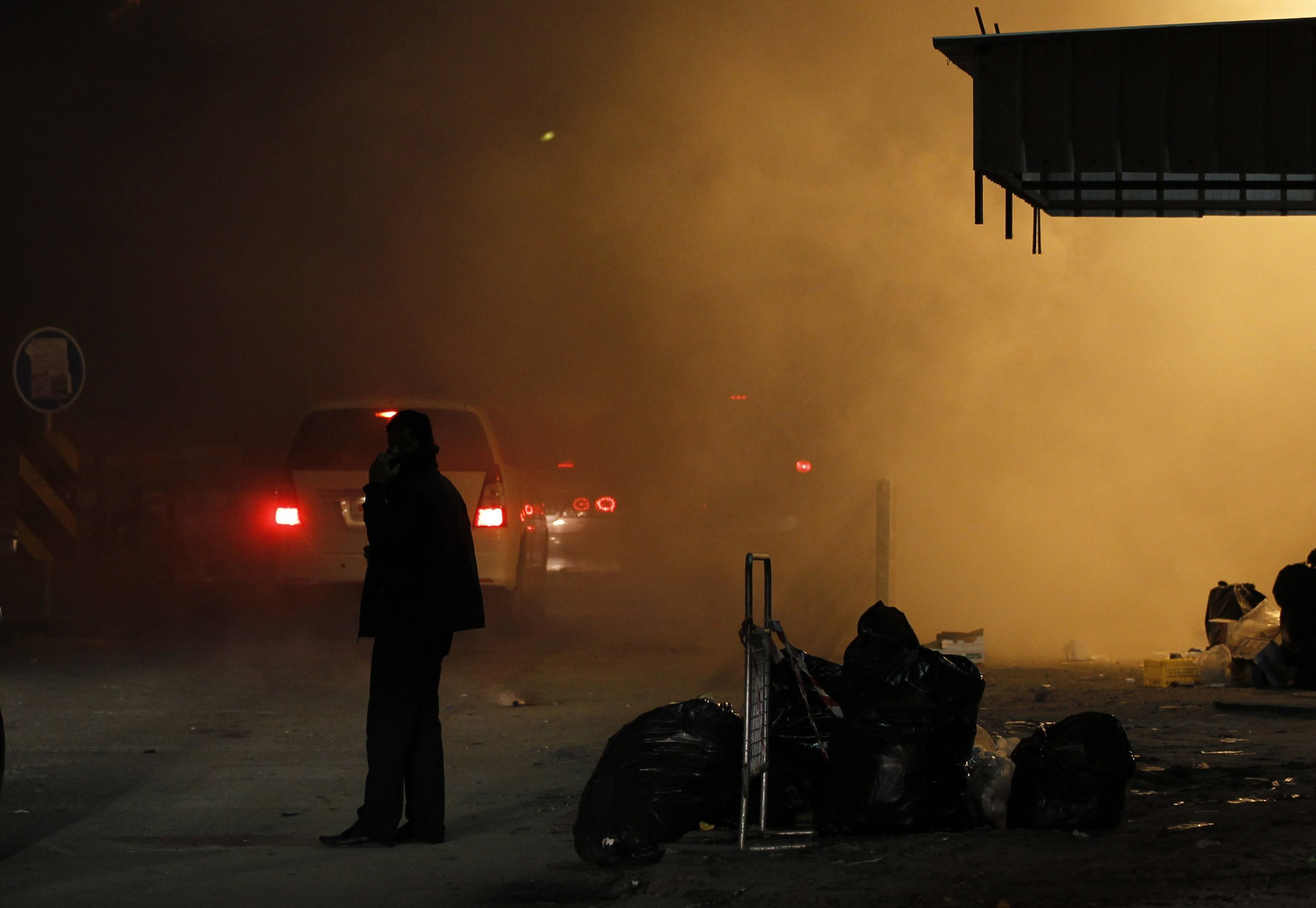 Starting to visit detainees in Bahrain - Protester in Manama, December 7, 2011 - Photo courtesy of Reuters/Hamad I, Mohammed