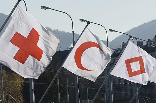 The Red cross, crescent, and crystal    © ICRC / J. Perez / v-p-emb-e-00045