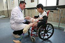 Lebanon, 2007. Saïda Orthopaedic Centre. A young victim of cluster munitions. ©ICRC/M. Kokic/lb-e-00817