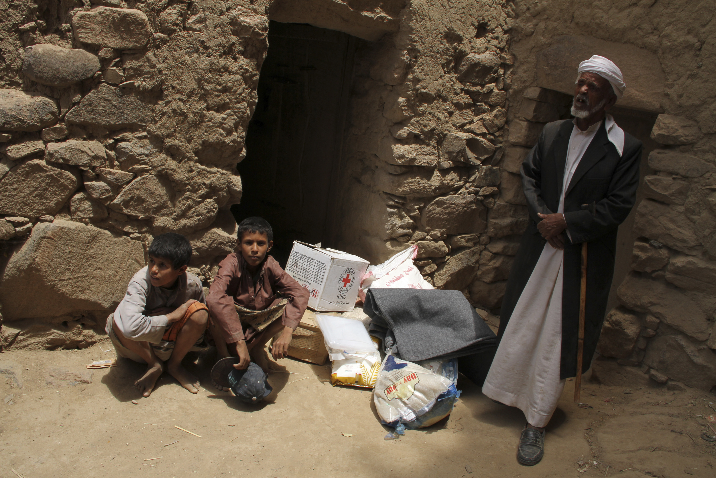 Sahar District, Saada. 90% of yemen's basic needs such as food, water, and fuel are imported into the country. Icrc's distribution of these essential household items are critical for many families.Hassan Al-najjar/ICRC.