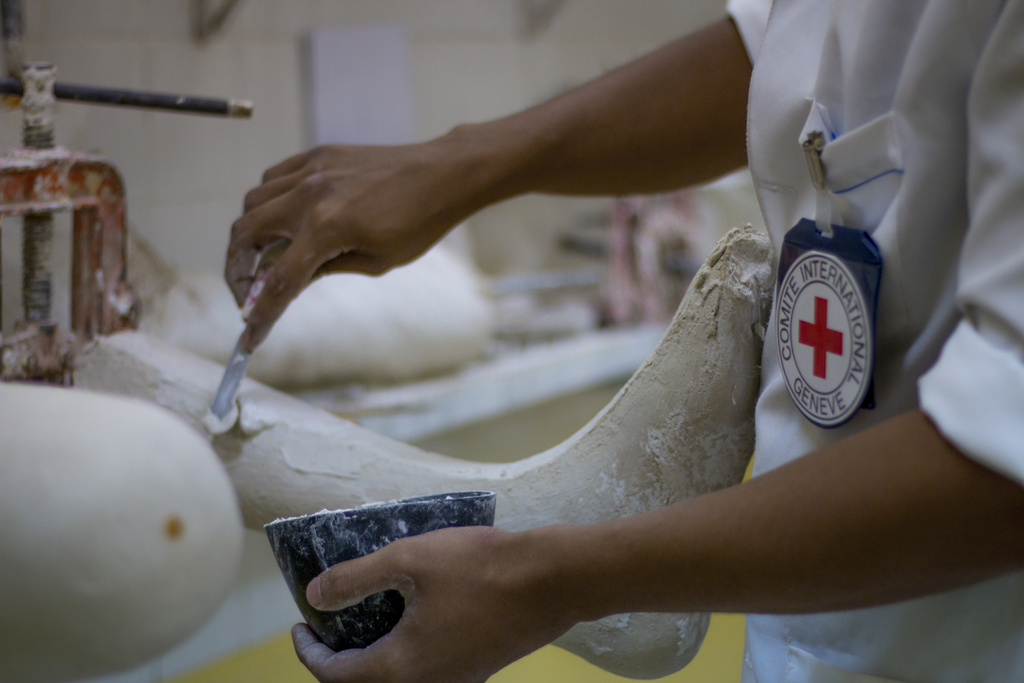 Yemen. Preparing new artificial limbs at the ICRC physical rehabilitation center.