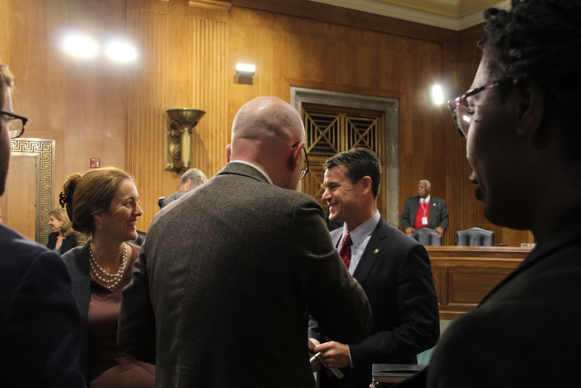 Sen. Todd Young (R-IN) greets ICRC Director-General Yves Daccord after the commencement of the Senate Foreign Relations Committee Hearing on global humanitarian crises on Wednesday, March 22, 2017. Niki Clark/ICRC