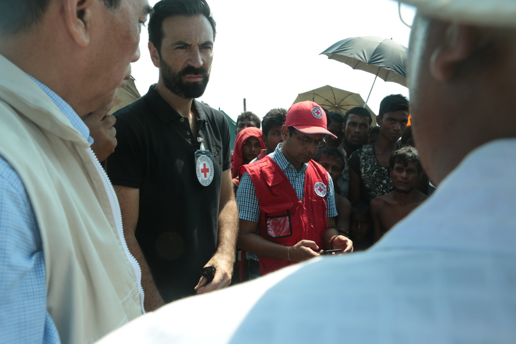 ICRC's Head of Delegation in Myanmar Fabrizio Carboni visits Rakhine. Hla Yamin Eain/ICRC