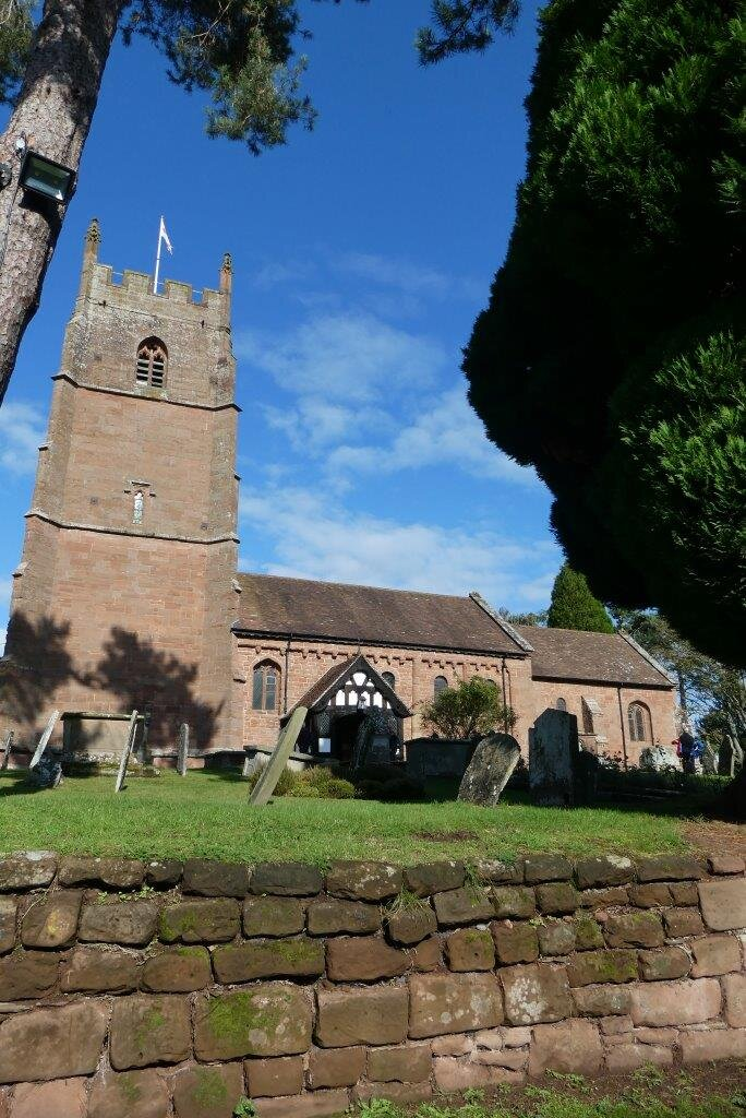 NH 2019-10-19 15 The Priory Church of St. Peter, Astley.jpg