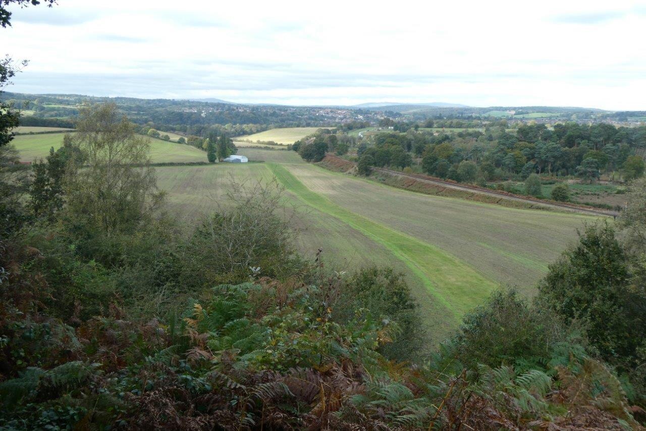 NH 2019-10-20 23 view towards Bewdley.jpg