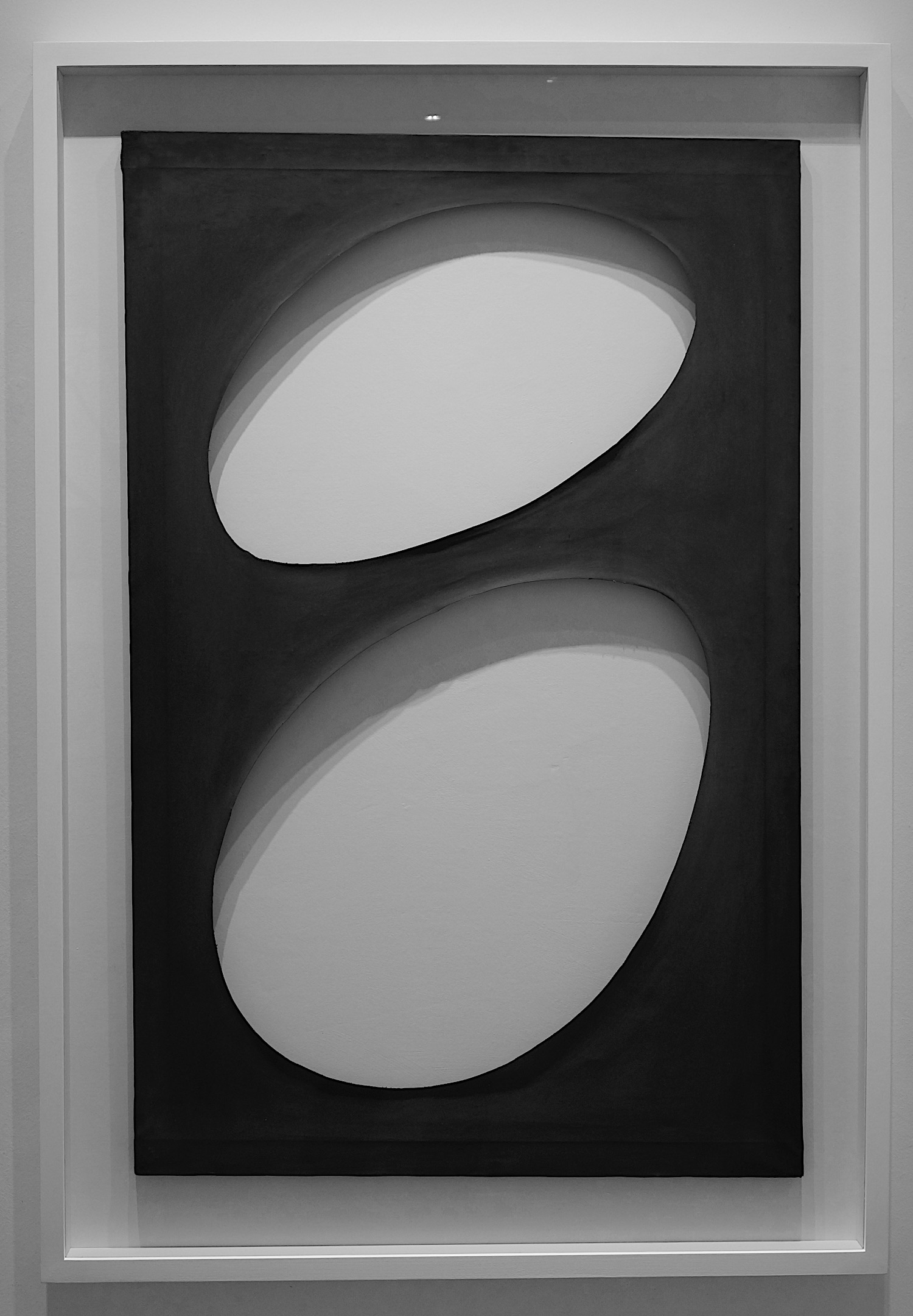 Dadamaino Volume, 1960 water based paint on canvas 108 x 70 cm   42 1/2 x 27 1/2 in DAD/M 7