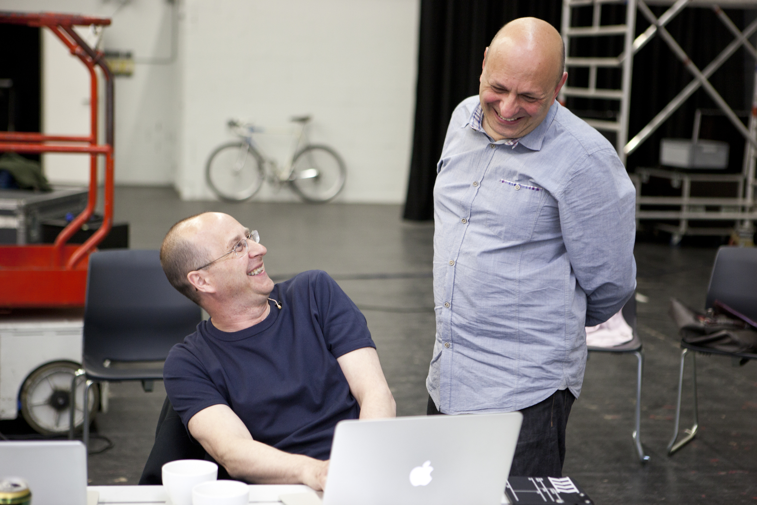 Jonathan Burrows (left) and Matteo Fargion (right). Photo courtesy Motion Bank
