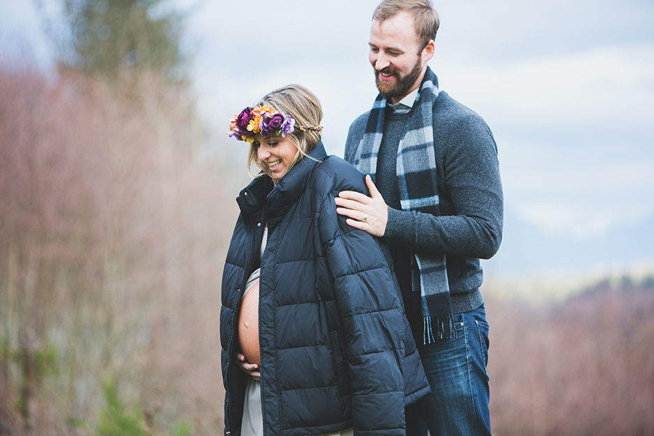 Outdoor Snohomish Maternity Photographer