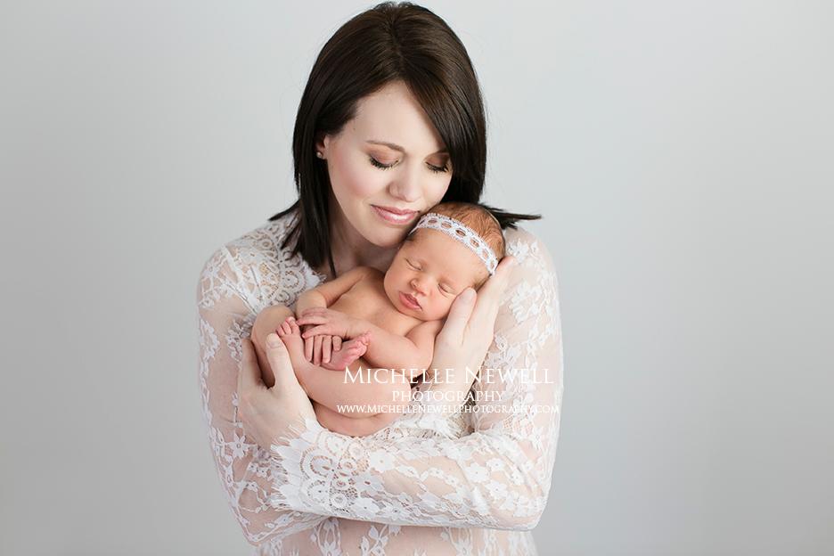 Mama & Newborn