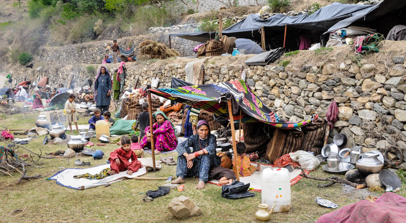 Families camped outside of Uttarkashi.