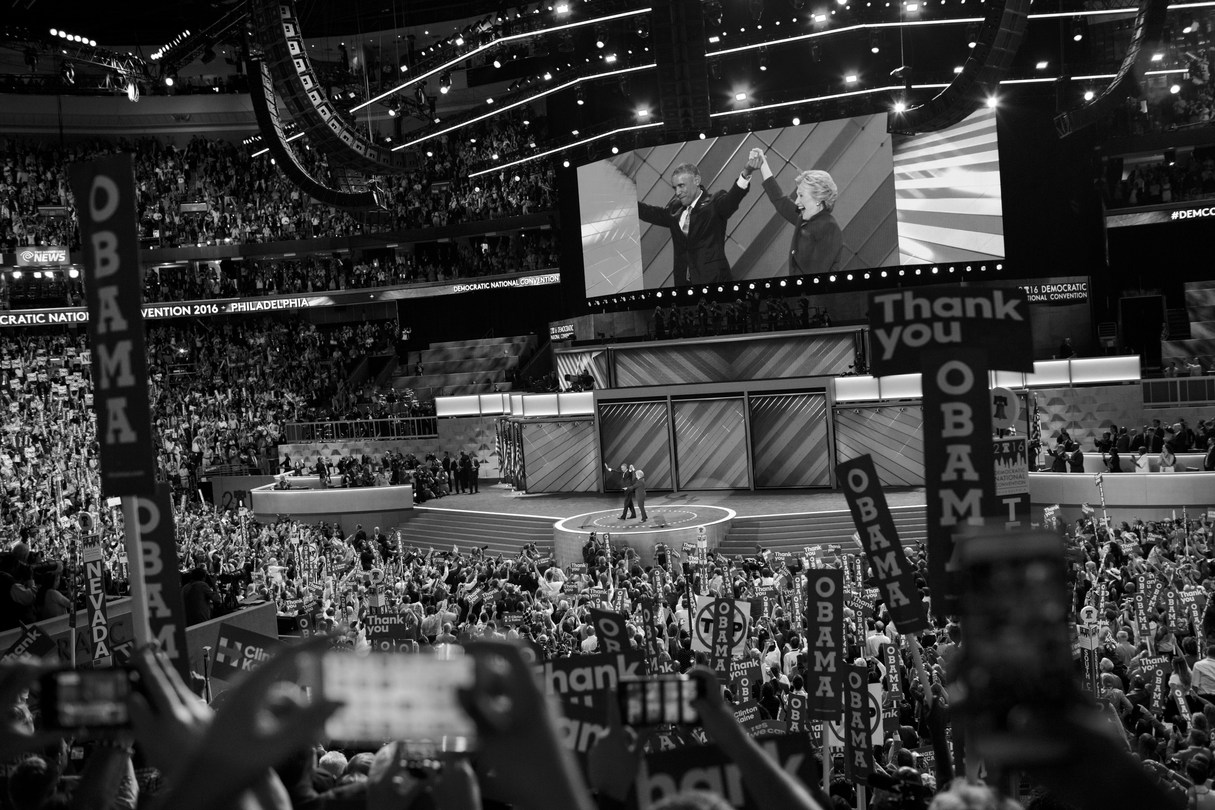 27 July 2016 - Philadelphia, PA - President Barack Obama and Democratic presidential candidate Hillary Clinton present their unity on stage after Obama addressed the delegates at the Democratic National Convention.Photo: Cédric von Niederhäusern