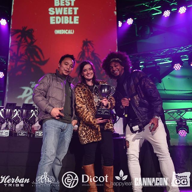 Our salted chocolate covered carmel was named the best sweet edible medical at the Dope Cup 2016. Everyone worked together to make this happen so we sent our partners in the garden @tjsorganicgardens and distribution @reeferdistribution on stage to accept the award. We work together to produce the ingredients and experience that is Cannavore. Starting with organically cultivated award winning cannabis, combined with quality ingredients, to create small batch artisan edibles. #teamwork #qualityoverquantity #smallbatch #artisan #edibles #medibles #eatcannavore #tjsorganicgardens #reeferd #dopecupor16 #dopecup #oregon #16 #sweet #chocolate #cannabis