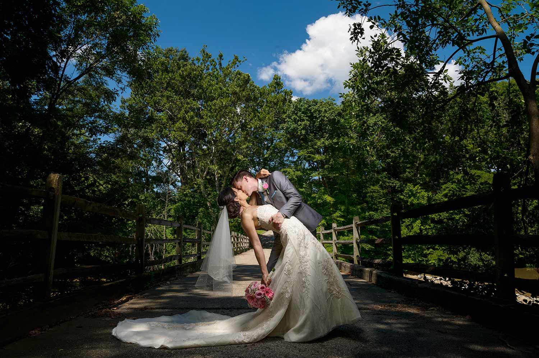 darby-house-galloway-ohio-dramatic-dip-wedding-portrait.jpg