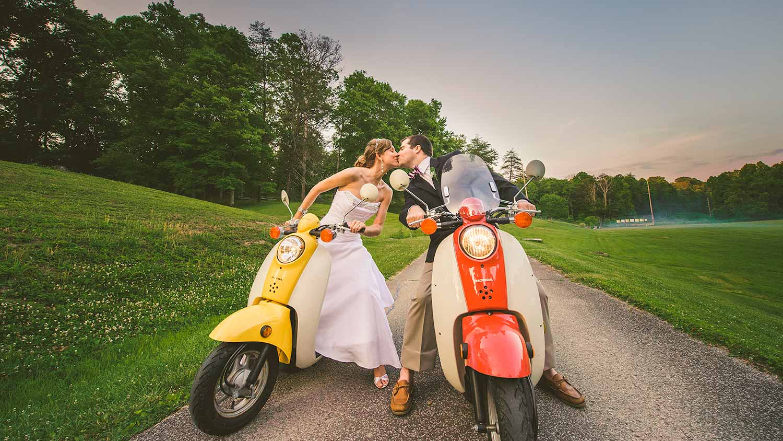 kentucky-wedding-bride-groom-scooter-portrait.jpg