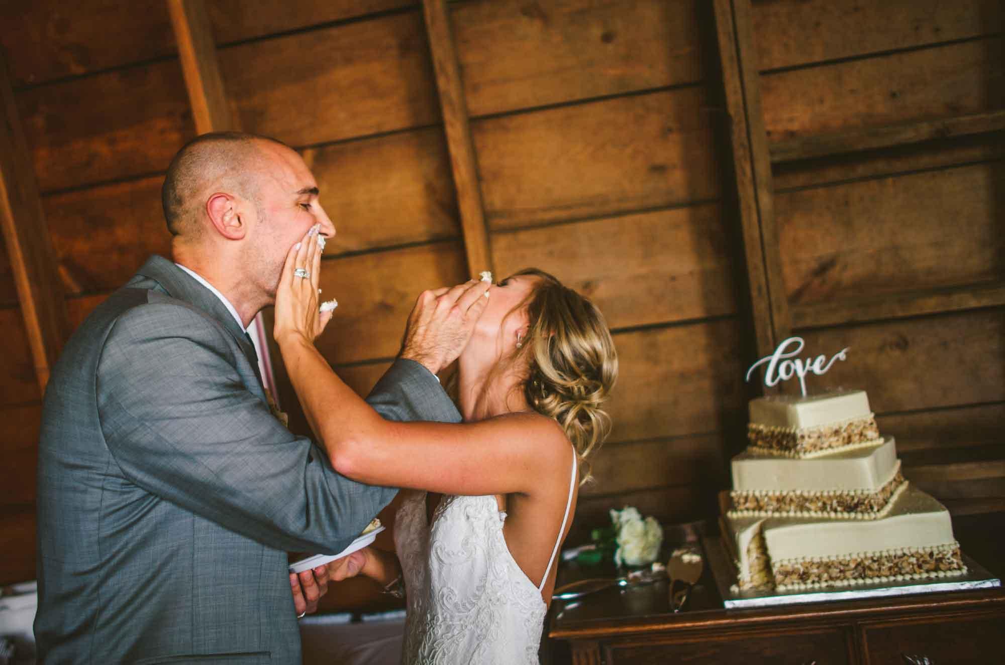 20-cake-smash-wedding-reception.jpg