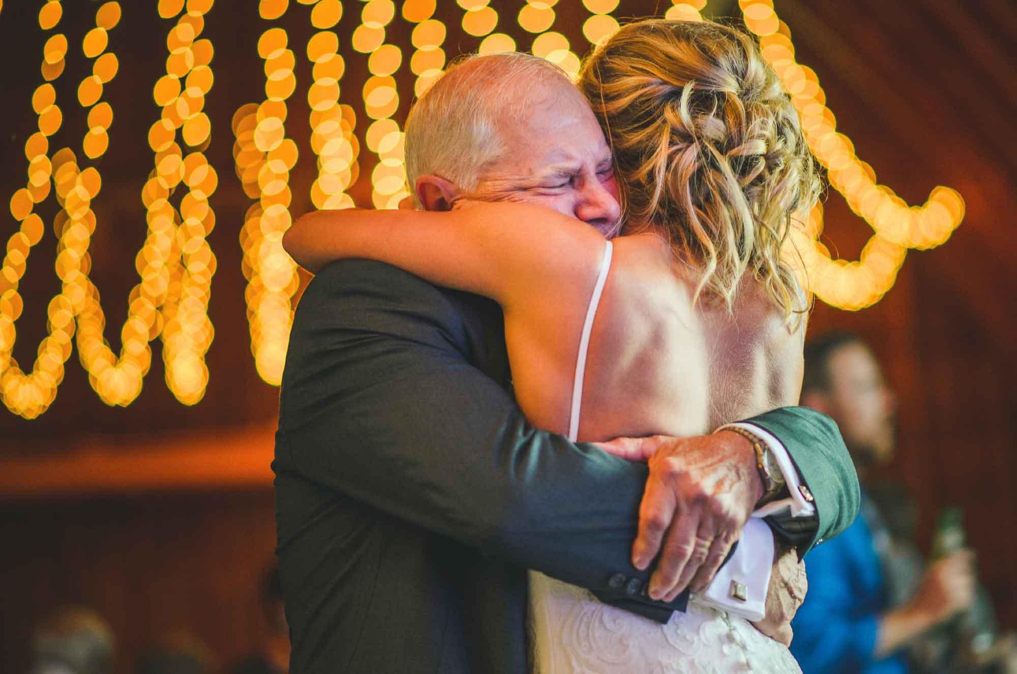 27-father-daughter-emotional-dance-wedding.jpg