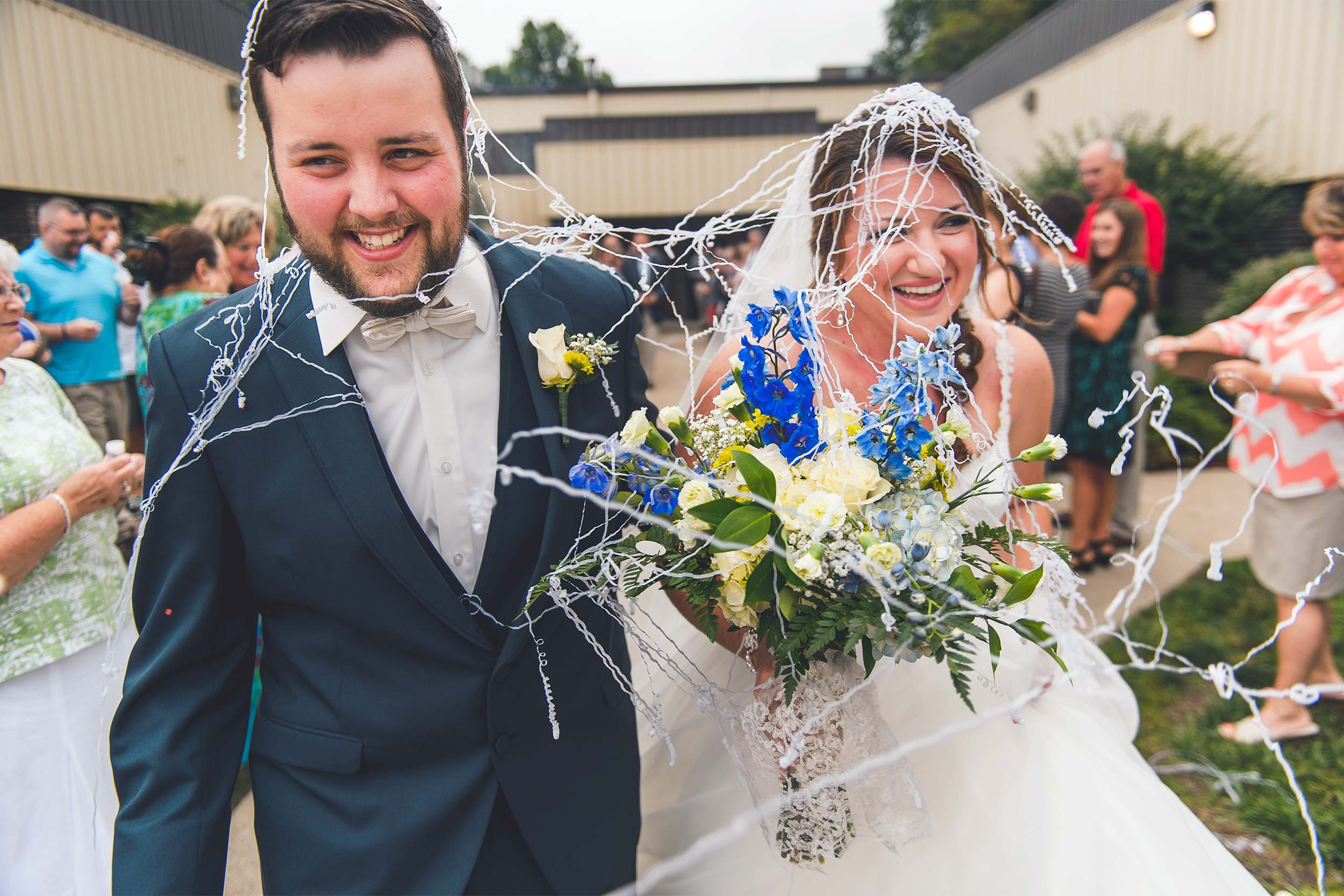 hilarious-wedding-silly-string-couple.jpg