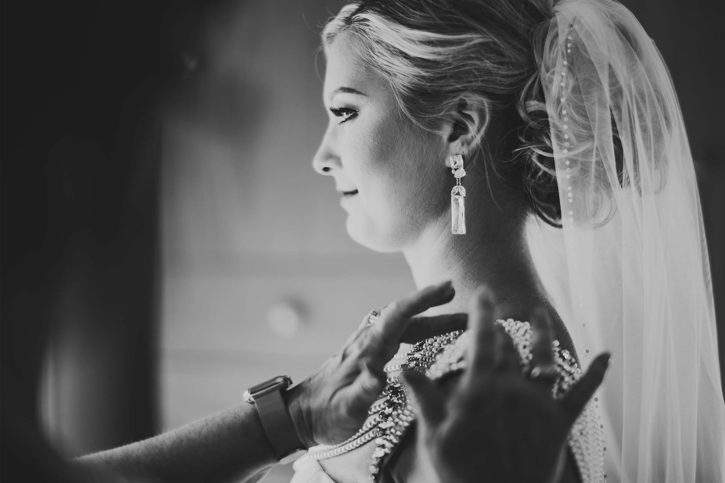 wedding-day-bride-getting-ready.jpg