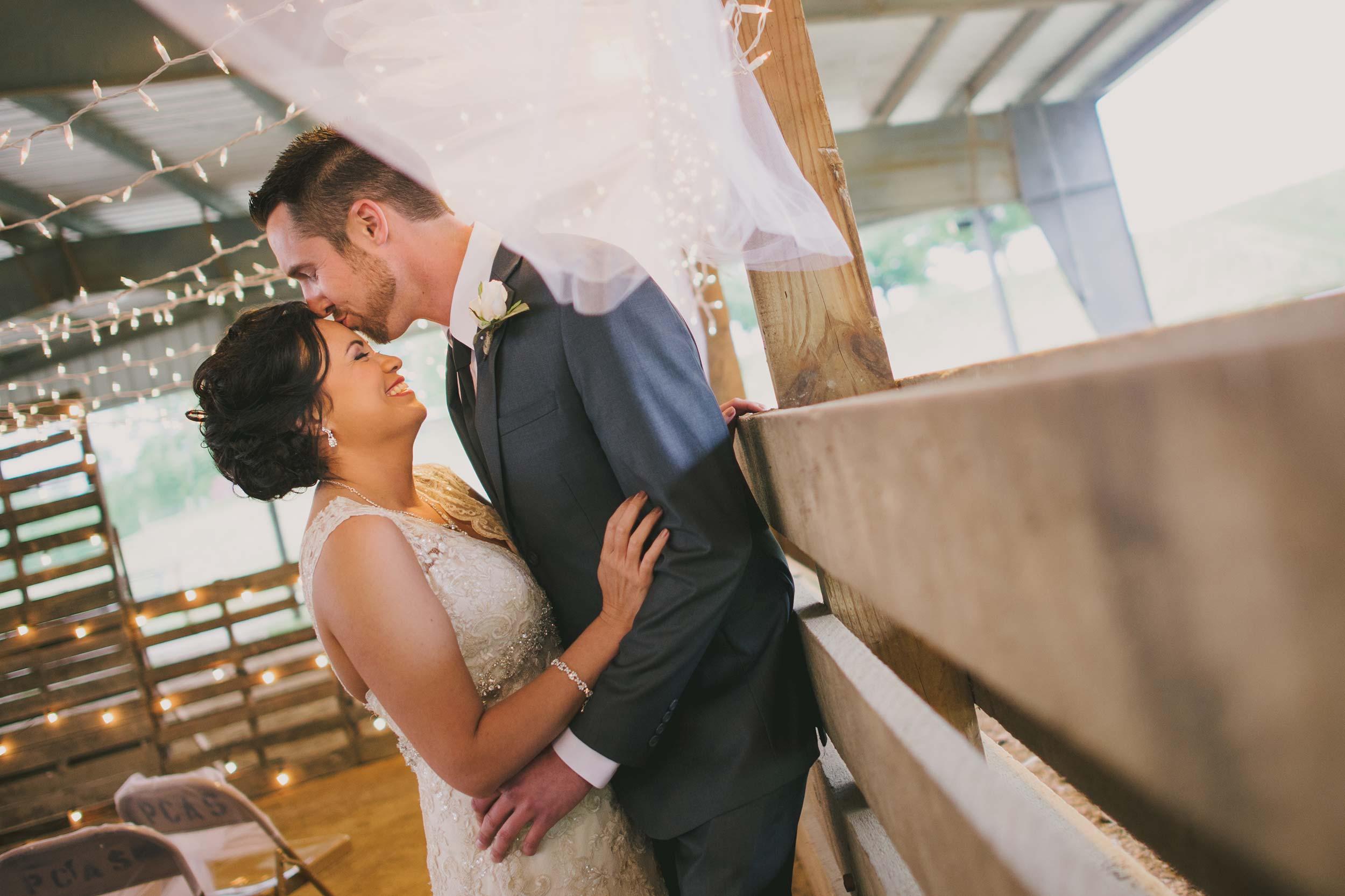 piketon-fairgrounds-barn-wedding.jpg