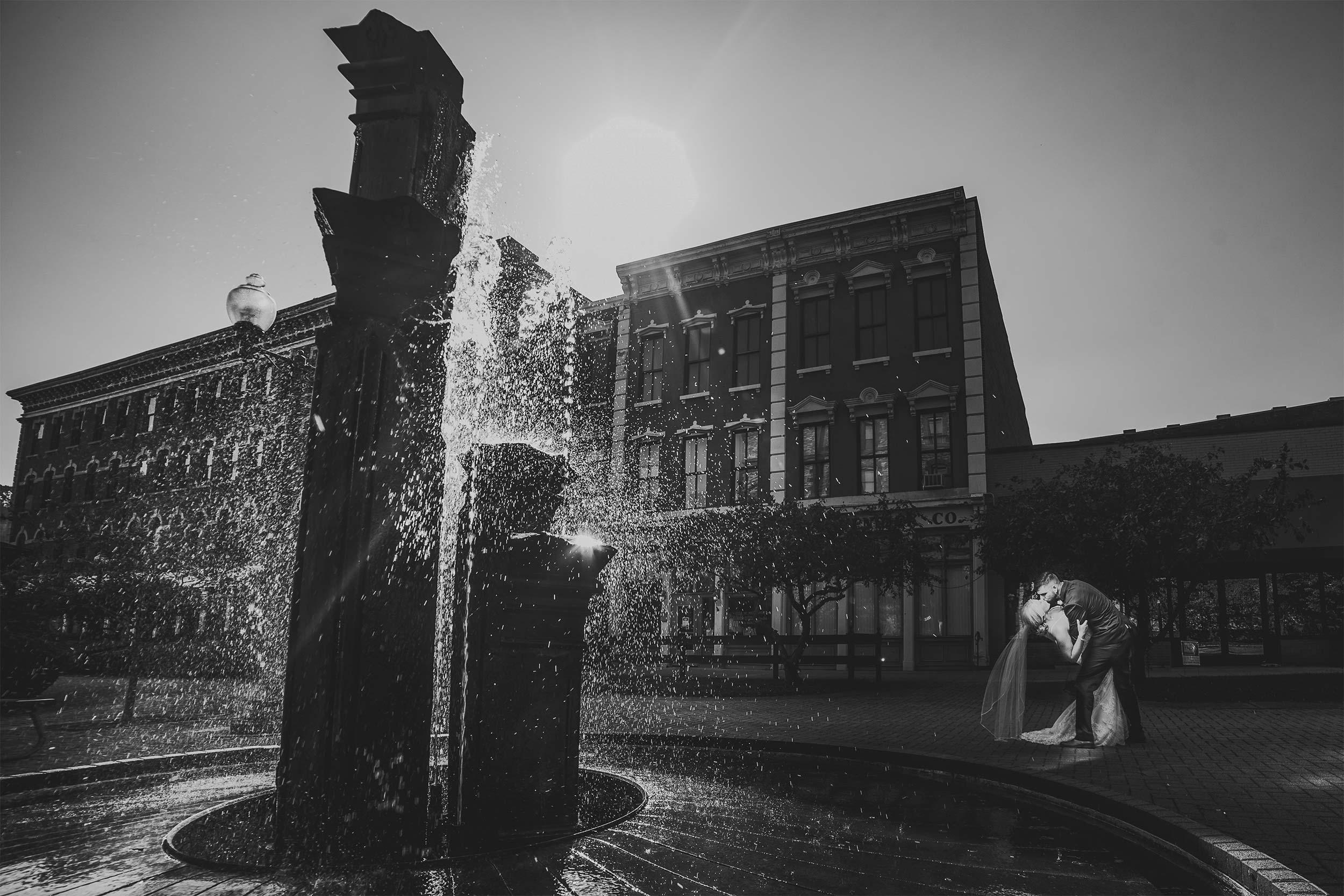 boneyfiddle-portsmouth-fountain-wedding-dip.jpg