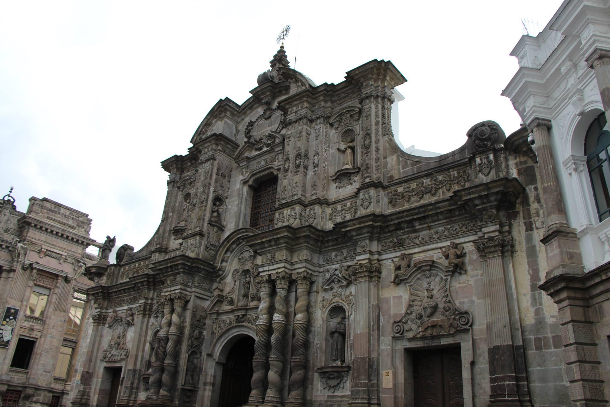 Ecuador Building 3.jpg