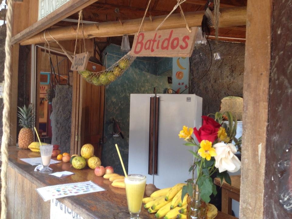 Sept 14 Ecuador Juice Bar Batidos.jpg